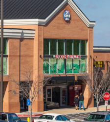 Grocery-anchored shopping centers get thumbs-up