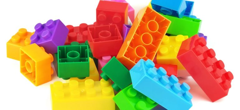 LEGO Commits to Sustainable Packaging