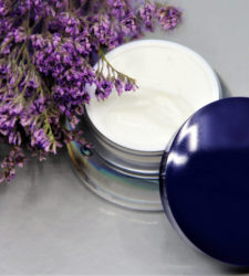 Cosmetic packs review: The standout bottle and jar trends